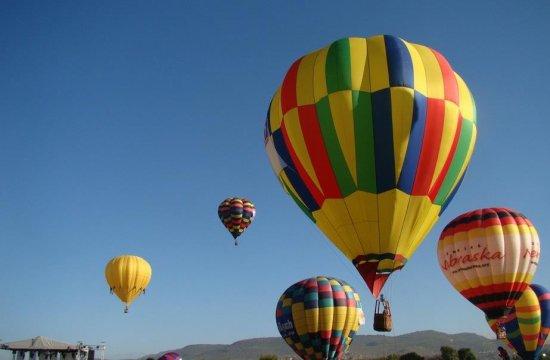 Festival de globos en Jardines de Morelos